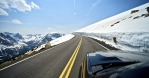 Riding Colorado Mountain Road. Plenty of Sun and Snow. Clean and Dry Road. Mountains Landscape. - Газета Шанс online